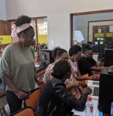 Computer training in a public library