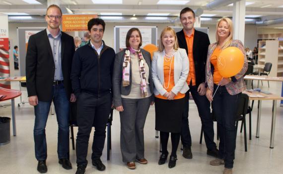 A group of OA week 2013 celebrants at the University of Tartu with EIFL-OA Manager, Iryna Kuchma