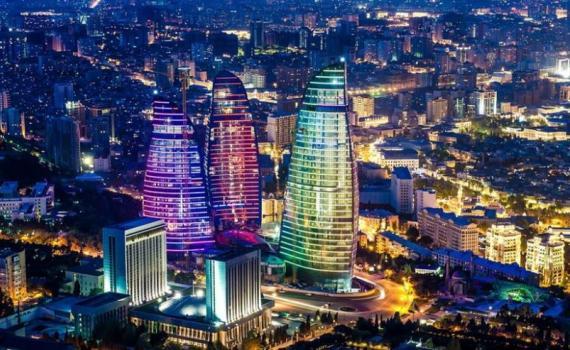 Photo of Baku by night