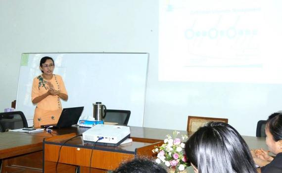 Trainer Myat Sann Nyein  conducting training.