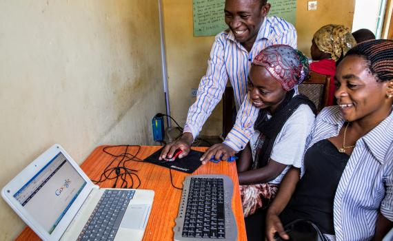 Digital skills and inclusion through libraries in Uganda | EIFL